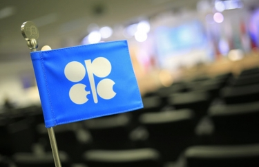 OPEC disrupts the market once more